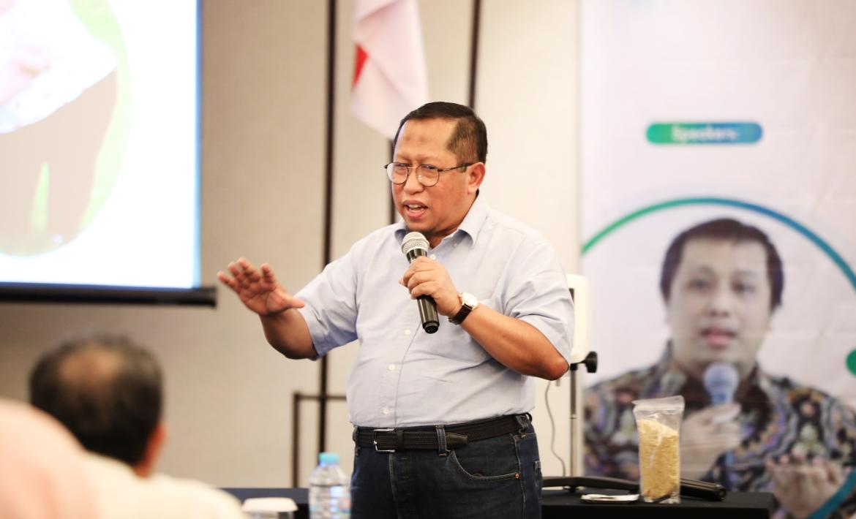 Prof. Dr. Rindit Pambayun