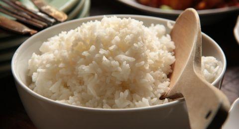 Apakah Benar Tidak Makan Nasi Bisa Mengurangi Berat Badan?
